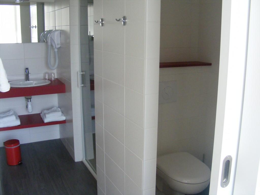Salle De Bain Accessible Handicape ~ Hotel Restaurant Pas Cher Puy Du Fou H Tel Restaurant Les Colonnades